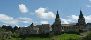 Bénévent-l'Abbaye devrait logiquement remplacer Châtelus-le-Marcheix.