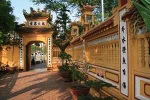 """<p>Date limite d'inscription : 31 janvier 2016 Arrivée à Hanoï, transfert à la ferme du col vert, où vous serez immédiatement en """" immersion """" dans une des ethnies du nord : les Muon ......</p><div class=""""more""""><a href=""""https://ffct.org/randonner-a-velo/ou-quand-pratiquer/sejours-et-voyages/vietnam/"""" target=""""_blank"""" title=""""Vietnam"""" >Lire la suite</a></div>"""