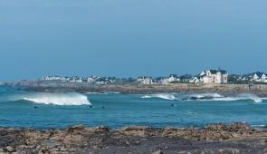 """<p>Hébergement à 400 mètres de la plage, dans la baie de La Baule. Le matin, les circuits vous permettront de découvrir la région, la côte d'Amour, la côte sauvage, les marais salants, le  ......</p><div class=""""more""""><a href=""""http://ffct.org/randonner-a-velo/ou-quand-pratiquer/sejours-et-voyages/velo-et-thalasso/"""" target=""""_blank"""" title=""""Vélo et Thalasso"""" >Lire la suite</a></div>"""