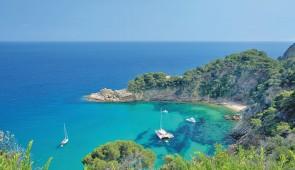 """<p>Météo, paysages, tranquillité, tous les ingrédients sont réunis pour passer un agréable séjour en Catalogne, destination idéale pour reprendre tranquillement sa petite Reine ! Des circu ......</p><div class=""""more""""><a href=""""http://ffct.org/randonner-a-velo/ou-quand-pratiquer/sejours-et-voyages/espagne-la-catalogne/"""" target=""""_blank"""" title=""""Espagne – La Catalogne"""" >Lire la suite</a></div>"""