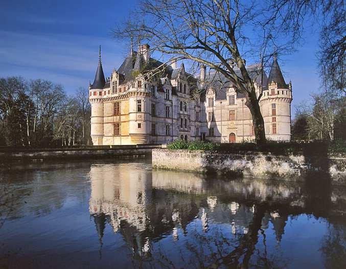Le château d'Azay-le-Rideau-BPF 37-province de Touraine