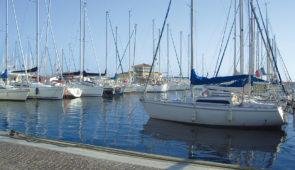 """<p>Au coeur du massif des Maures, proche du littoral sauvegardé, Collobrières a su conserver l'authenticité d'un village provençal. Traversé par une petite rivière, le Réal Collobrier, le  ......</p><div class=""""more""""><a href=""""https://ffct.org/randonner-a-velo/ou-quand-pratiquer/sejours-et-voyages/la-chataigneraie-des-maures-3/"""" target=""""_blank"""" title=""""La Châtaigneraie des Maures"""" >Lire la suite</a></div>"""