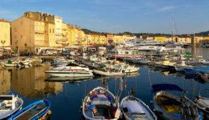 """<p>Venez profiter de la douceur de la Côte d'Azur et vous préparer pour les grandes randonnées d'été. Ambiance conviviale et joyeuse dans un véritable esprit cyclotouriste. Vous visiterez  ......</p><div class=""""more""""><a href=""""https://ffvelo.fr/randonner-a-velo/ou-quand-pratiquer/sejours-et-voyages/les-merveilles-de-lest-varois-4/"""" target=""""_blank"""" title=""""Les merveilles de l'Est Varois"""" >Lire la suite</a></div>"""