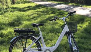 """<p>La pratique du vélo à assistance électrique est en plein essor car douce et progressive. Ainsi, si vous êtes néophyte ou sujet à des problèmes médicaux (cardiaques ou autres) vous pourr ......</p><div class=""""more""""><a href=""""https://ffct.org/randonner-a-velo/ou-quand-pratiquer/sejours-et-voyages/week-end-velo-electrique/"""" target=""""_blank"""" title=""""Week-end vélo électrique"""" >Lire la suite</a></div>"""