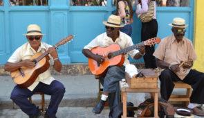 """<p>C'est à vélo, au rythme des locaux, que nous vous invitons à découvrir Cuba ! Réputé pour ses cigares, son rhum, ses voitures de collection aux couleurs chatoyantes, Cuba est un territo ......</p><div class=""""more""""><a href=""""https://ffvelo.fr/randonner-a-velo/ou-quand-pratiquer/sejours-et-voyages/cuba-2/"""" target=""""_blank"""" title=""""Cuba"""" >Lire la suite</a></div>"""