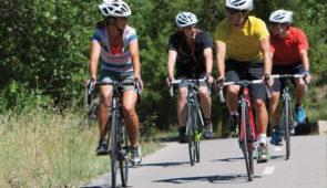 """<p>Levico Terme est entourée par une végétation luxuriante et offre de nombreuses possibilités pour des vacances actives en vélo de route ou à VTT. Les lacs de Levico et Caldonazzo complèt ......</p><div class=""""more""""><a href=""""https://ffct.org/randonner-a-velo/ou-quand-pratiquer/sejours-et-voyages/italie-6/"""" target=""""_blank"""" title=""""Italie"""" >Lire la suite</a></div>"""