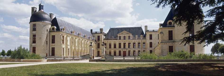 Le château de Oiron, BPF 79, Province du Poitou