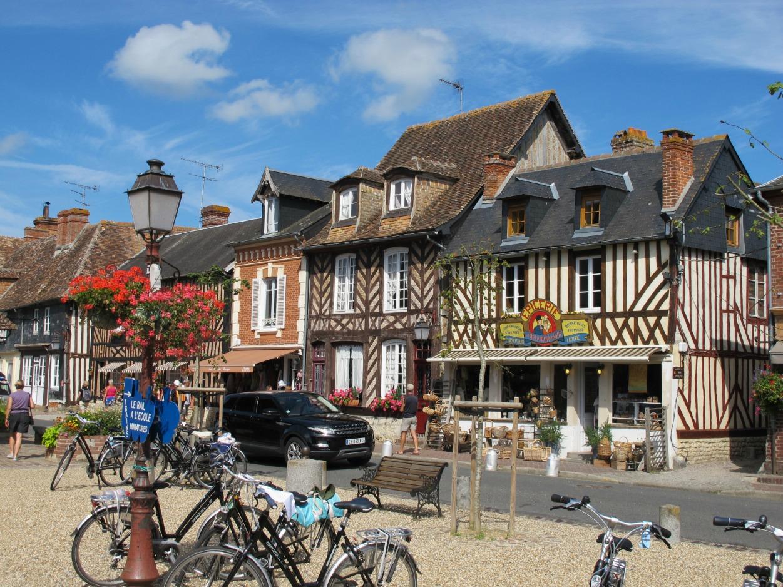 Beuvron-en-Auge, BPF du Calvados, Province de Normandie.