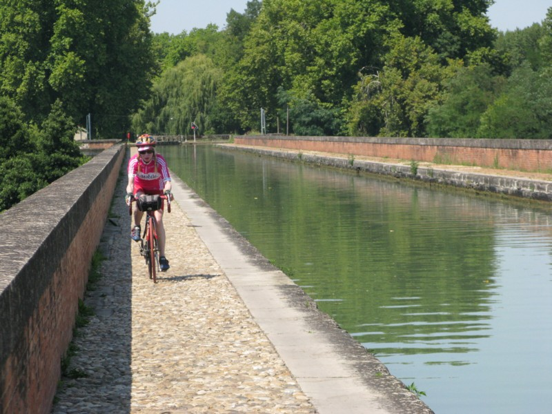 Moissac : le pont-canal
