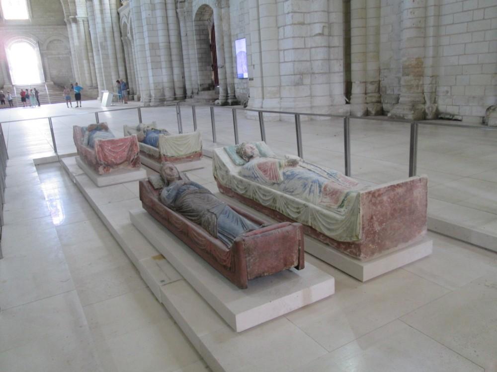 Abbaye de Fontevraud : les gisants