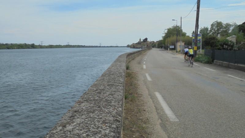 Retour à Chusclan par la rive droite du Rhône