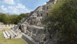 """<p>Circuit de 750 km à vélo entrecoupé de visites en bus et bateau. Vous rejoindrez Tuxtla Gutierrez et Chiapa de Corzo dans le Chiapas. À travers les états du Campêche et du Yucatan vous  ......</p><div class=""""more""""><a href=""""https://ffvelo.fr/randonner-a-velo/ou-quand-pratiquer/sejours-et-voyages/mexique-2/"""" target=""""_blank"""" title=""""Mexique"""" >Lire la suite</a></div>"""