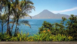 """<p>Entre océan Pacifique, sierras, lacs, volcans et forêts tropicales vous découvrirez les superbes régions de l'Amérique centrale. Au Guatemala vous irez à Esquipulas, capitale centraméri ......</p><div class=""""more""""><a href=""""https://ffvelo.fr/randonner-a-velo/ou-quand-pratiquer/sejours-et-voyages/salvador-guatemala-honduras-2/"""" target=""""_blank"""" title=""""Salvador – Guatemala – Honduras"""" >Lire la suite</a></div>"""