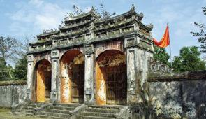 """<p>Première quinzaine de novembre ** Les dates sont données à titre d'information. Des modifications sont toujours possibles.  De Dien Bien Phu à Luang Prabang Depuis Hanoï, après av ......</p><div class=""""more""""><a href=""""https://ffvelo.fr/randonner-a-velo/ou-quand-pratiquer/sejours-et-voyages/vietnam-laos/"""" target=""""_blank"""" title=""""Vietnam – Laos"""" >Lire la suite</a></div>"""