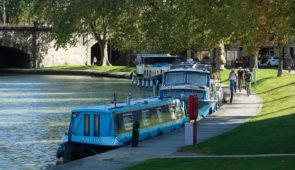 """<p>Le Canal du Midi ne coulait pas de sources… Pierre Paul Riquet les a trouvées, les a captées, a conduit et stocké l'eau. C'est à la découverte de cet aspect plus au moins connu du ......</p><div class=""""more""""><a href=""""https://ffvelo.fr/randonner-a-velo/ou-quand-pratiquer/sejours-et-voyages/canal-du-midi-retour-aux-sources/"""" target=""""_blank"""" title=""""Canal du Midi, retour aux sources"""" >Lire la suite</a></div>"""