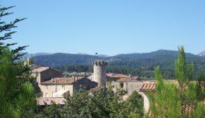 """<p> Réservé exclusivement aux féminines licenciées FFVélo du Comité régional Auvergne–Rhône-Alpes À 24 km d'Aubenas, à une altitude de 180 m, Joyeuse est un Village médiéval situé su ......</p><div class=""""more""""><a href=""""https://ffvelo.fr/randonner-a-velo/ou-quand-pratiquer/sejours-et-voyages/sejour-feminin-a-joyeuse/"""" target=""""_blank"""" title=""""Séjour féminin à Joyeuse"""" >Lire la suite</a></div>"""