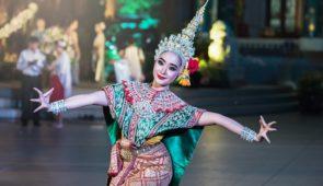 """<p>Phayao et sa région, situé au nord de la Thaïlande vous accueillera pour un séjour en étoile sur des petites routes et pistes entre villages typiques, colorés et une végétation luxurian ......</p><div class=""""more""""><a href=""""https://ffvelo.fr/randonner-a-velo/ou-quand-pratiquer/sejours-et-voyages/thailande-3/"""" target=""""_blank"""" title=""""THAÏLANDE"""" >Lire la suite</a></div>"""