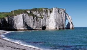 """<p>  POINTS FORTS ♥ ✓ Terre d'histoire et de traditions. ✓ Les majestueuses falaises blanches.  ✓ Une ambiance chaleureuse.    Forges-les-Eaux est au cœur du pays de Bray avec sa di ......</p><div class=""""more""""><a href=""""https://ffvelo.fr/randonner-a-velo/ou-quand-pratiquer/sejours-et-voyages/la-normandie-pour-se-ressourcer/"""" target=""""_blank"""" title=""""La Normandie pour se ressourcer"""" >Lire la suite</a></div>"""