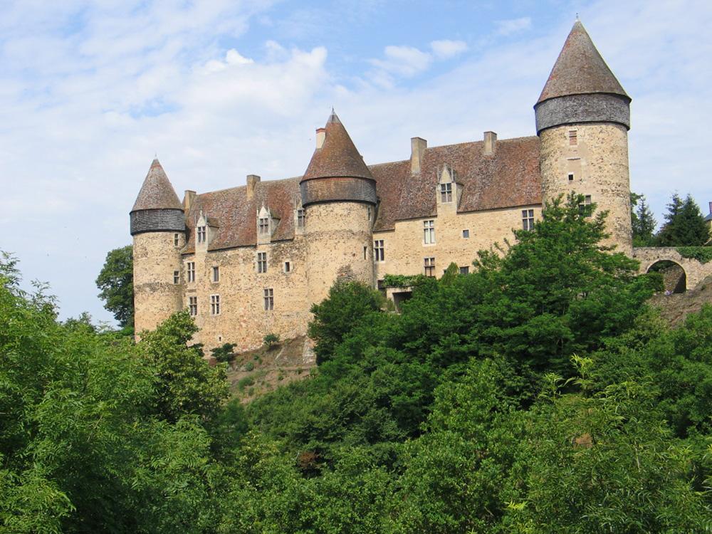 Le château de Culan.
