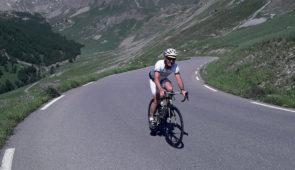 """<p>À votre rythme venez partager six jours de vélo pour le plaisir de découvrir des sites incontournables : le Parc naturel régional des Préalpes d'Azur, le Parc national du Mercantour, la ......</p><div class=""""more""""><a href=""""https://ffvelo.fr/randonner-a-velo/ou-quand-pratiquer/sejours-et-voyages/grand-tour-des-alpes-maritimes-2/"""" target=""""_blank"""" title=""""Grand tour des Alpes maritimes"""" >Lire la suite</a></div>"""