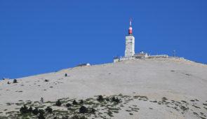 """<p>Laissez-vous guider par des encadrants locaux sur les routes du Vaucluse et de la Drôme. Les circuits vous mèneront autour du mont Ventoux par les gorges de la Nesque, la vallée du Toul ......</p><div class=""""more""""><a href=""""https://ffvelo.fr/randonner-a-velo/ou-quand-pratiquer/sejours-et-voyages/du-mont-ventoux-aux-monts-du-vaucluse/"""" target=""""_blank"""" title=""""Du mont ventoux aux monts du vaucluse"""" >Lire la suite</a></div>"""
