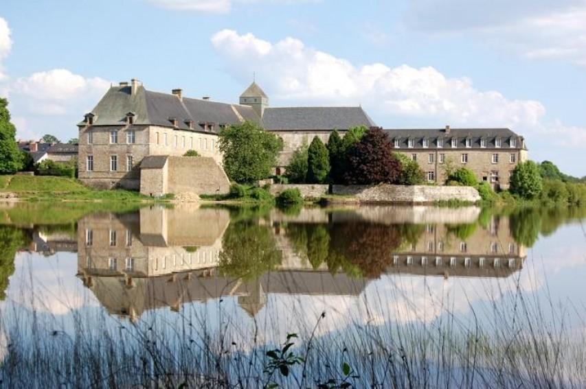 Abbaye de Paimpont, BPF 35, Province de Bretagne © C. Houssay.