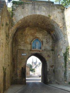 Mouzon, la porte de Bourgogne © G. Hazée