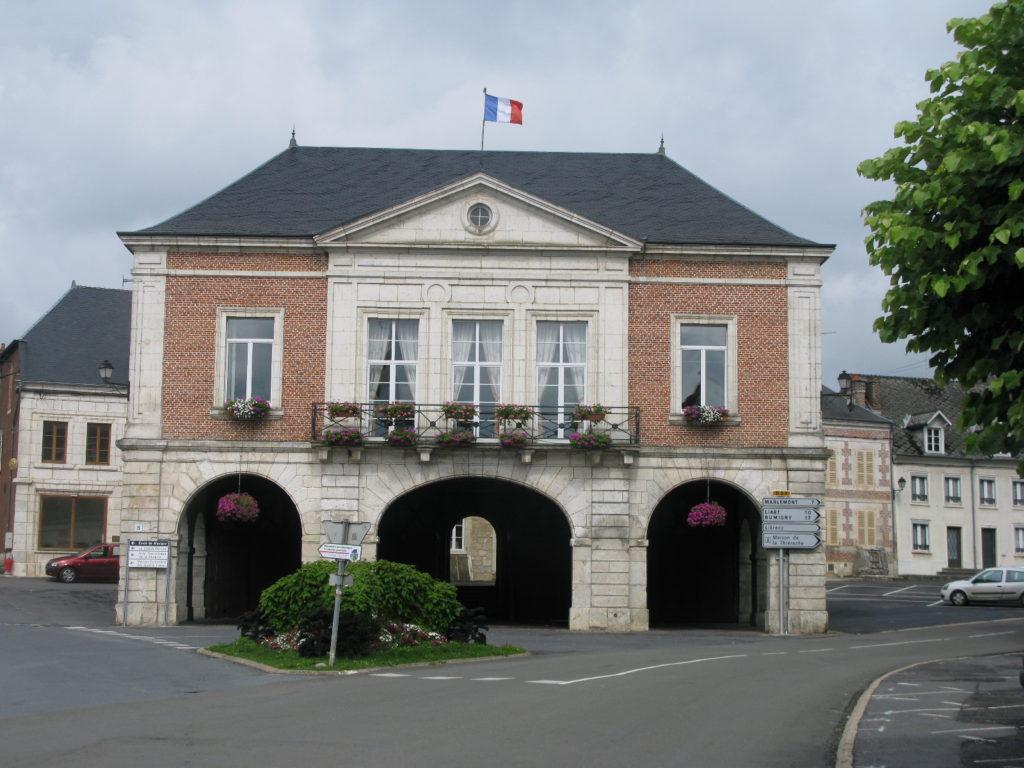 La mairie de Signy-l'Abbaye, BPF 08, Province de Champagne © J-L. Rougier